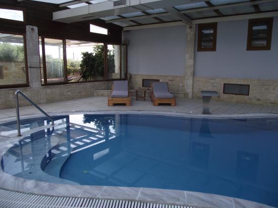 Nostos Hotel: indoor spa pool