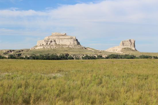 Courthouse and Jail Rocks, Bridgeport, NE, Sep 2015