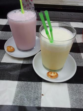 Zazamira: Lovely refreshing milkshakes!
