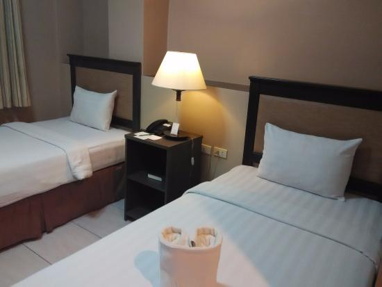 The Maxwell Hotel: Room