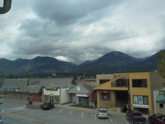Best Western Invermere Inn: View from the top floor room was awesome.