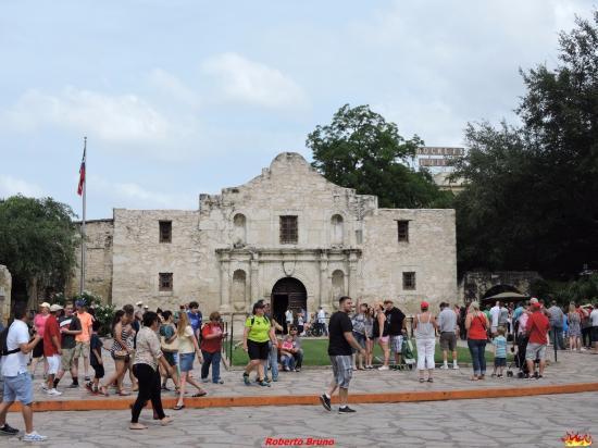 Alamo Plaza Picture Of Alamo Plaza San Antonio