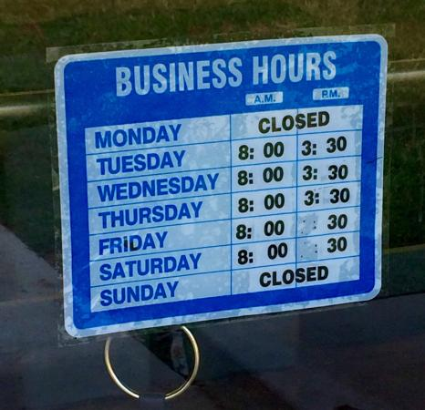 Norfork, AR: Business hours