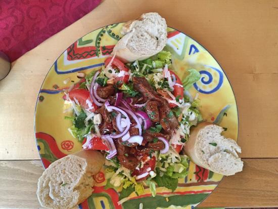 El Paso (cantina y bar mexicano): Cesar salad with roast beef stripes