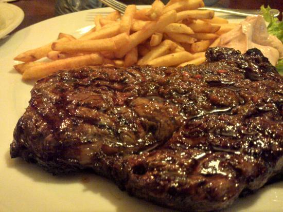 La Brigada: steak joke, it looks normal, but the taste was awfull