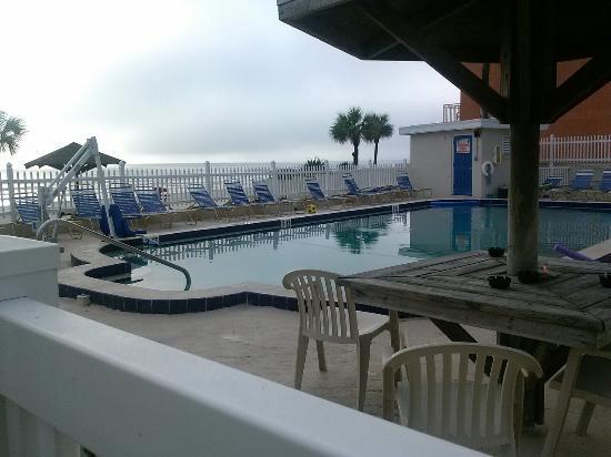 Ocean Court Motel: Sunrise 18 September 2015