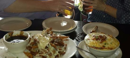 Chatham, NJ: Disco Fries, Beer, and Mac & Cheese!
