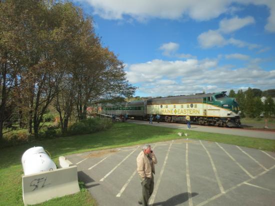 Maine Eastern Railroad: engine of train
