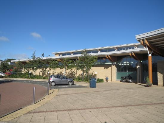 Willowburn Sports and Leisure Centre: Willowburn Sports Centre