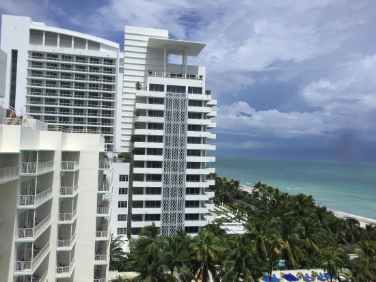 picture of holiday inn miami beach miami. Black Bedroom Furniture Sets. Home Design Ideas