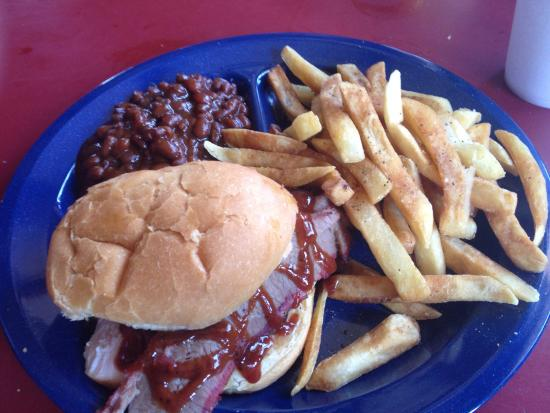 Cahokia, IL: Small combo sandwich