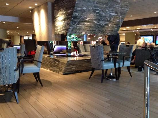 lobby lounge picture of the coeur d 39 alene resort coeur. Black Bedroom Furniture Sets. Home Design Ideas
