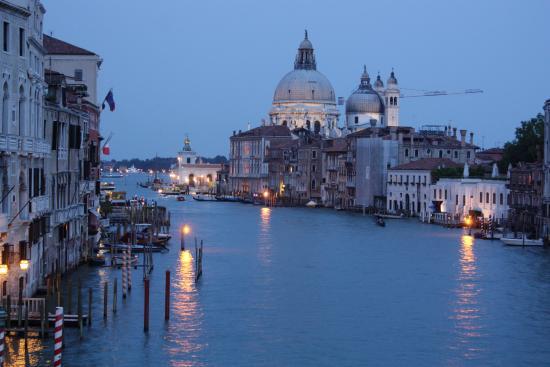 Hotel Castello: вечерня венеция