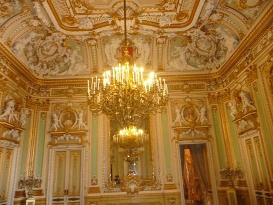 Malta Segway Tours - Valletta Tour : Interno palazzo Parisio