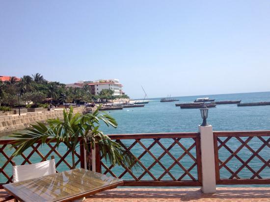 photo3 jpg picture of the floating restaurant stone town rh tripadvisor co za