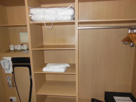 hanging space and shelving plentiful but no closet doors picture rh tripadvisor ie