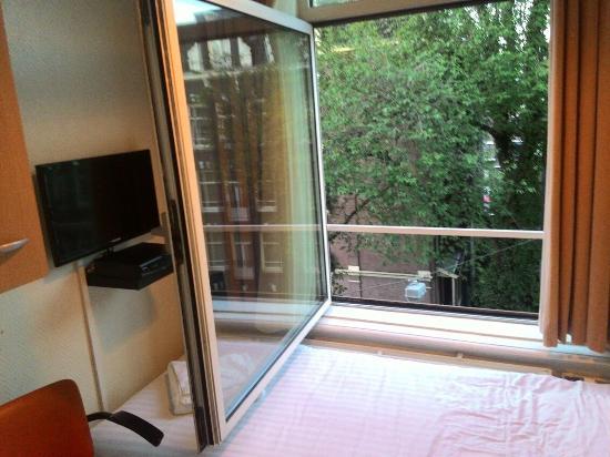 Freeland Hotel: janela