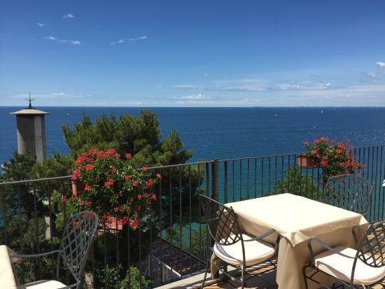 Vista dal tavolo sulla terrazza - Picture of Ristorante Le Terrazze ...