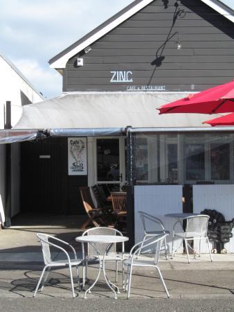 Zinc Cafe & Restaurant