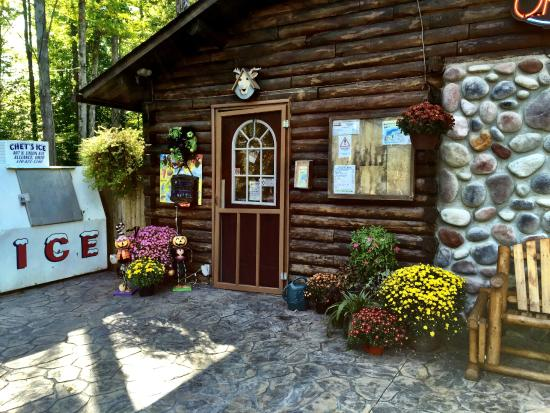 Country Acres Campground: Registration Office and Store