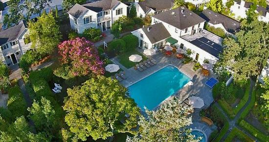 MacArthur Place - Sonoma's Historic Inn & Spa: Pool from Above