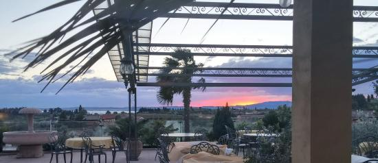 Hotel La Dolce Vita: Sunset from the L. D. V. hotel dining terrace