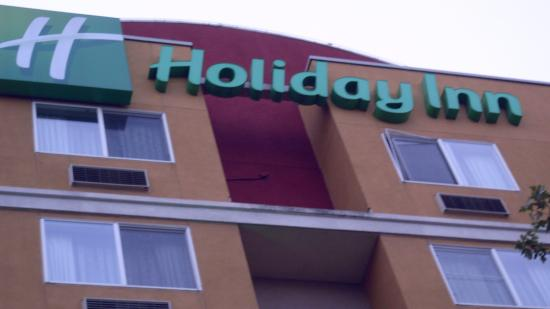 says the sign picture of holiday inn seattle downtown seattle rh tripadvisor com