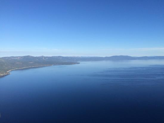 South Lake Tahoe, Kalifornia: before and during flight