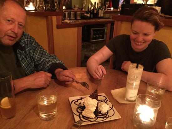 Neahkahnie Bistro : Chocolate cake that you won't want to share!