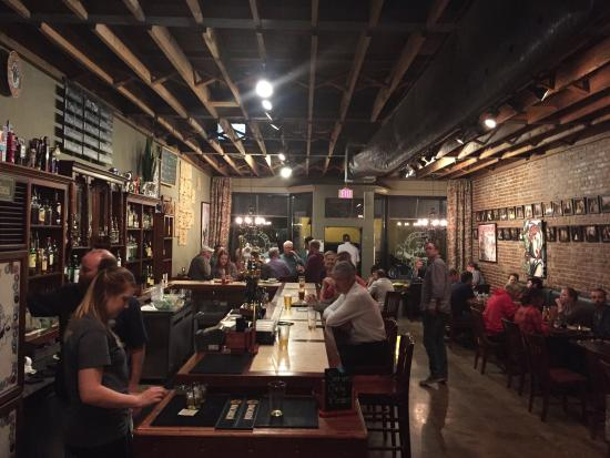 Father Tom's Pub: photo0.jpg