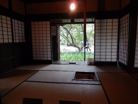 Iwahashi Samurai House : 室内
