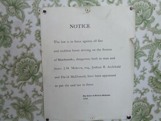 Sherbrooke, Kanada: Village Notice