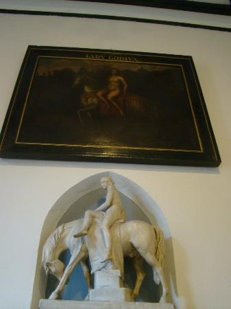Coventry, UK: Painting & carving Lady Godiva