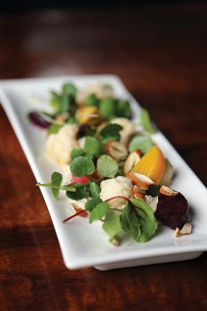 Mondo Organics: Pickled Cauliflower