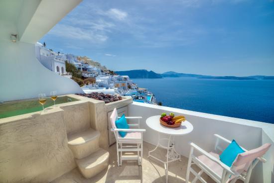 Kima Villa: Outdoor Jacuzzi - Superior Suite