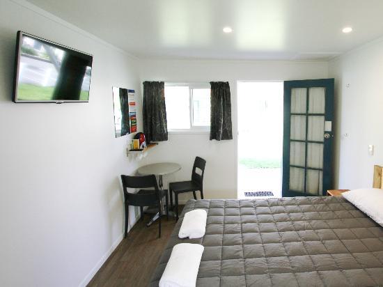 Gisborne, Nuova Zelanda: Studio Unit with Ensuite Bathroom - Double Bed