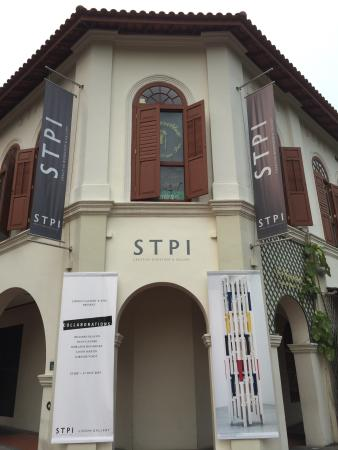 ‪STPI – Creative Workshop & Gallery‬