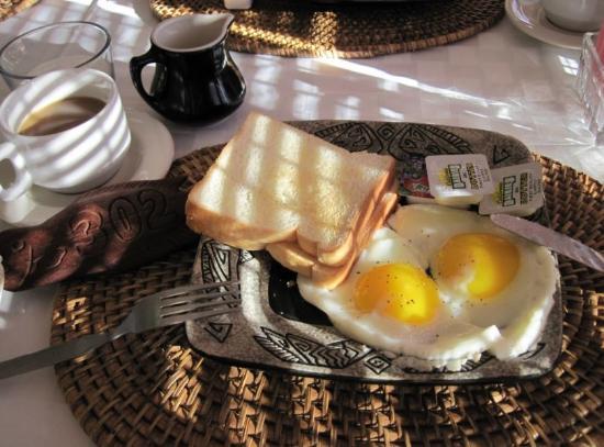 Cliffside Hotel Palau: 朝食