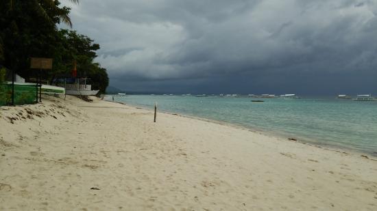 Dumaluan Beach Resort 2: ビーチ 01