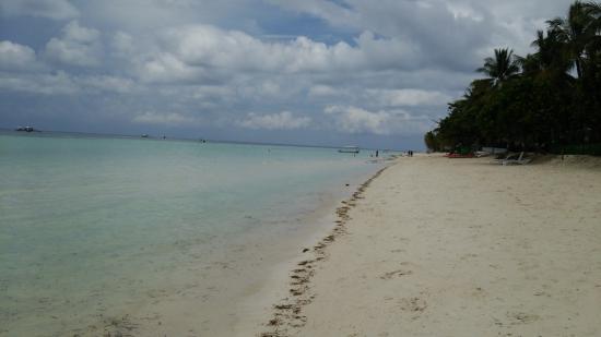 Dumaluan Beach Resort 2: ビーチ 02