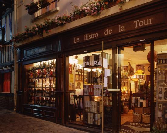 Restaurant Le Bistro de la Tour : La façade du restaurant