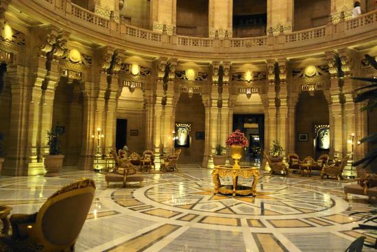 Umaid Bhawan Palace Jodhpur: Breathtaking entrance
