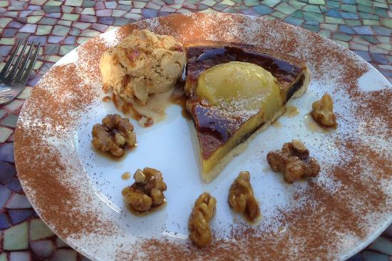 Almogia, Spain: Pear Bakewell Tart with caramelised walnuts