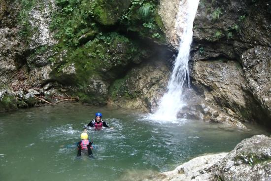 Log pod Mangartom, Eslovenia: SUSEC CANYON-BOVEC