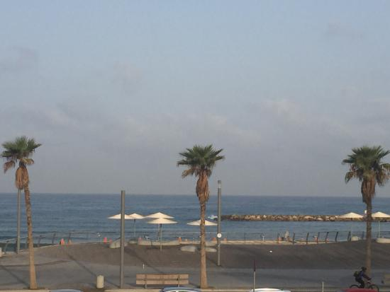 Hotel Prima Tel-Aviv: View from restaurant
