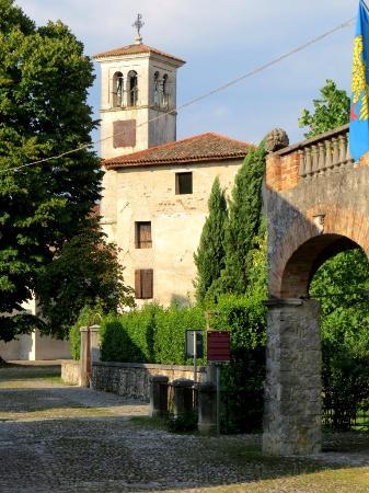 Strassoldo, Italy: torre