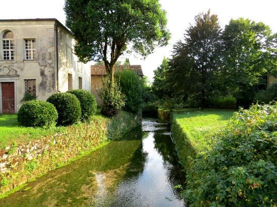 Strassoldo, Italy: canale