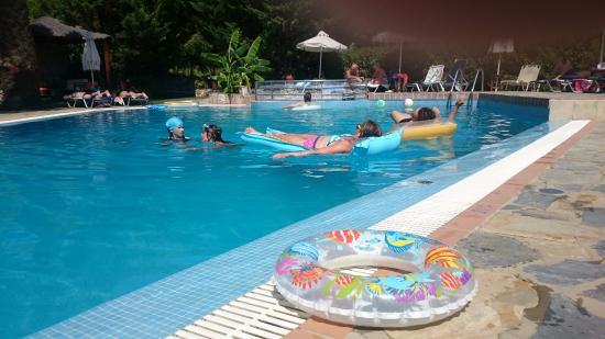 Sergio's Apartments: Swimming Pool