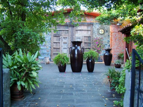 #El Nido at Hacienda Escondida: Majstic yet romantic courtyard