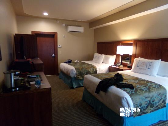 atrium guest room picture of bicycle street inn suites and rh tripadvisor com